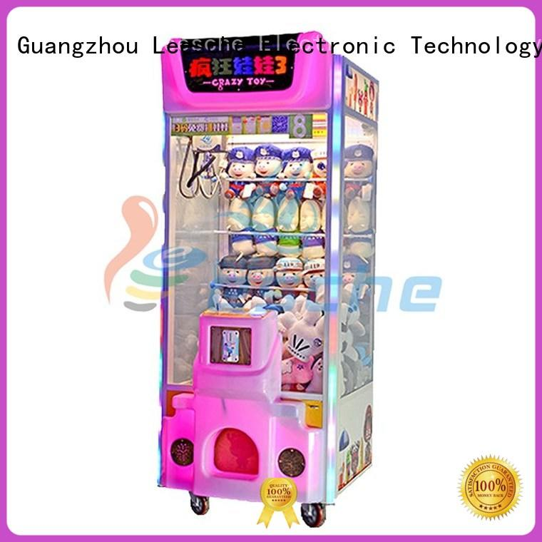 OEM mini claw machine inspiring your imagination on the street