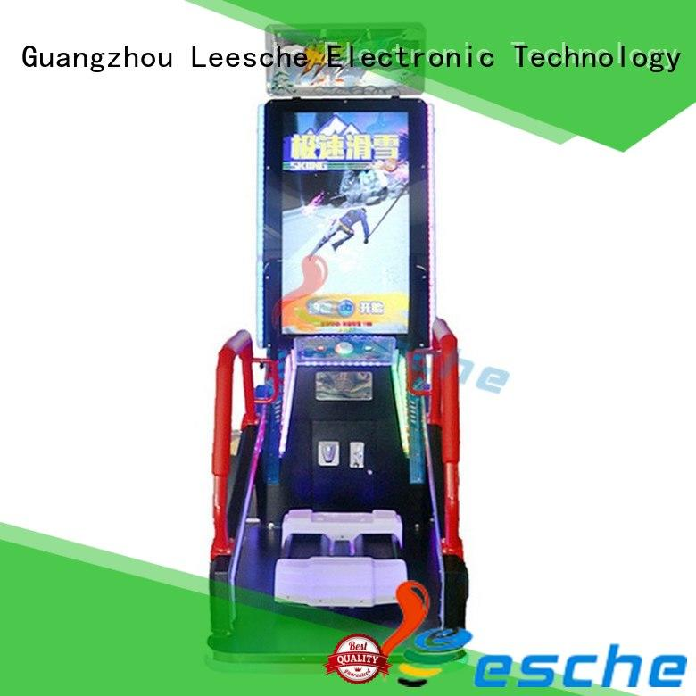 player machine arcade to let the wheel rotating in Shopping mall Leesche