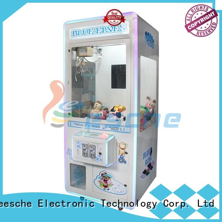 Leesche high quality claw machine cost with lock on the street