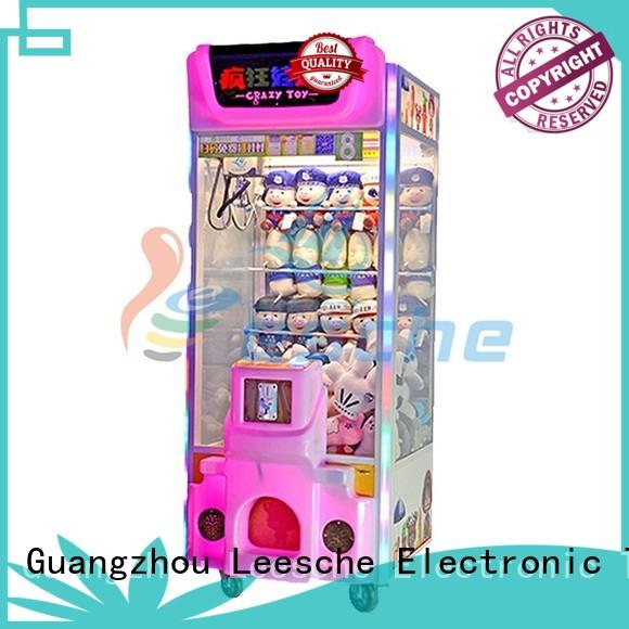 Leesche ODM claw machine plush inspiring your imagination in Shopping mall
