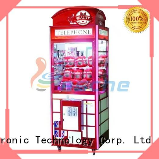 high quality claw machine simulator crane with lock in the park