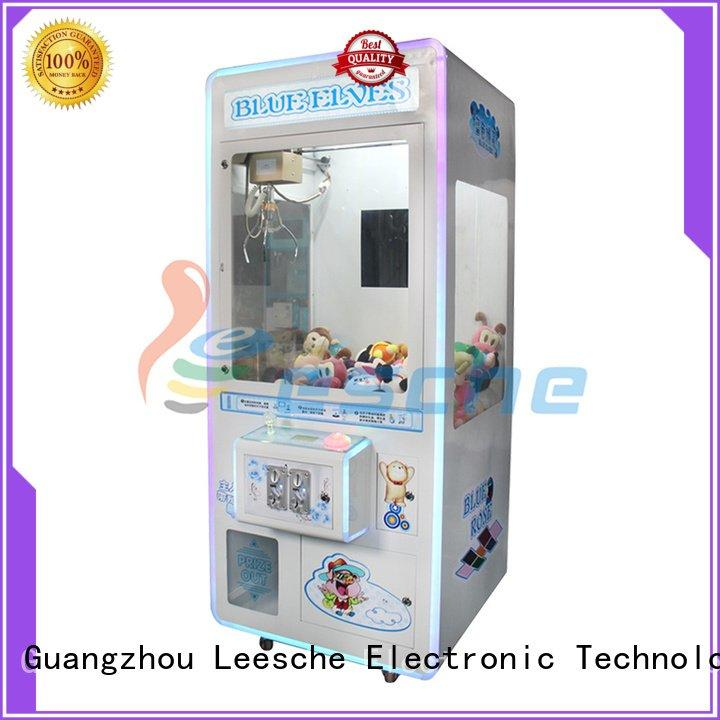 claw operated pusher Leesche the claw machine