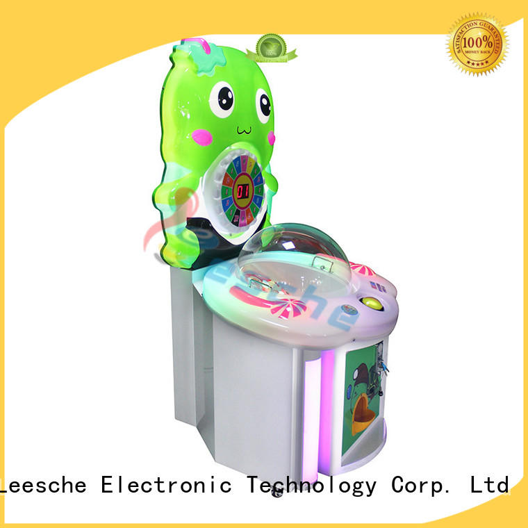 design arcade machine simulator 7d Leesche company